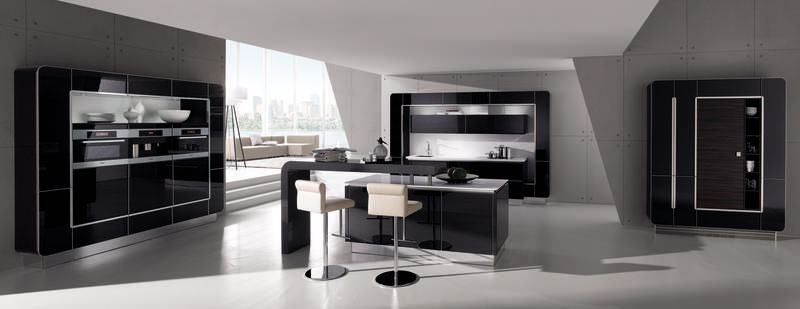 33-high-gloss-black-and-mac