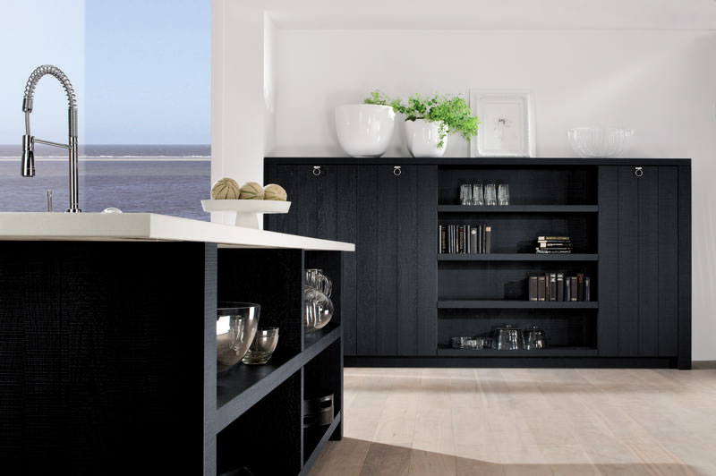 Black Rok Kitchen Design Sussex