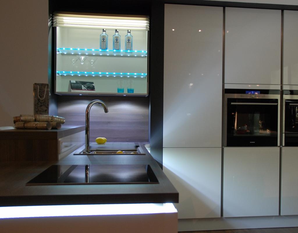 White light edit 1024x801 black rok kitchen design for Kitchen design uckfield