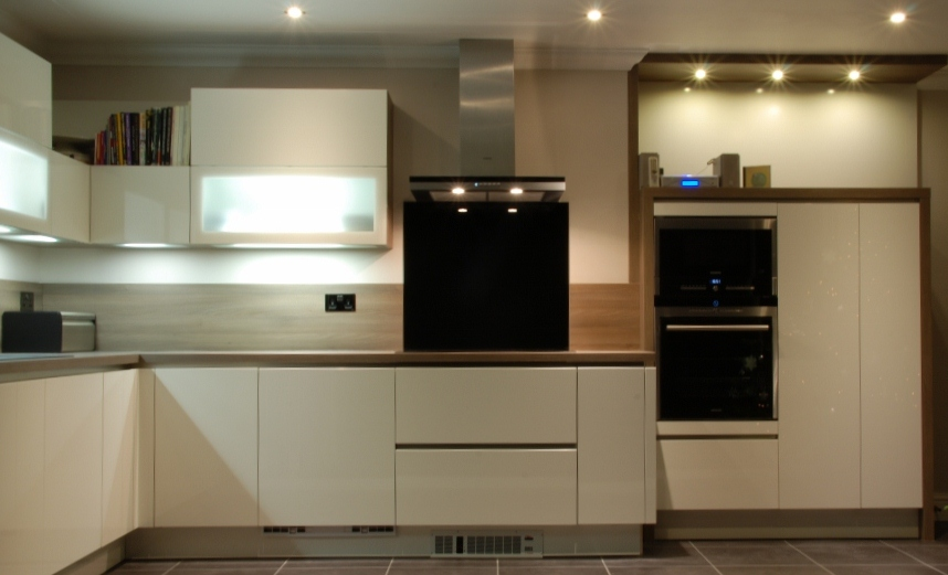 Doyle 131 1024x685 black rok kitchen design uckfield for Kitchen design uckfield