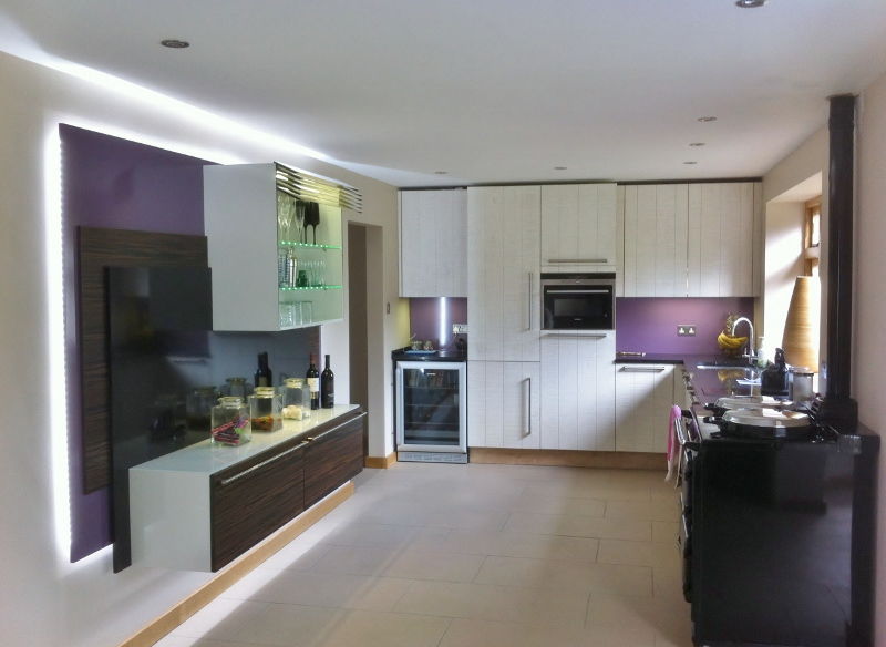 Rough Sawn Oak with Macaser Ebony Veneer kitchen
