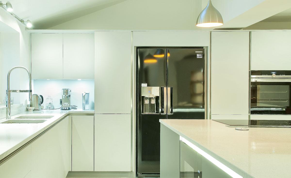 light grey quartz with fridge Framfield
