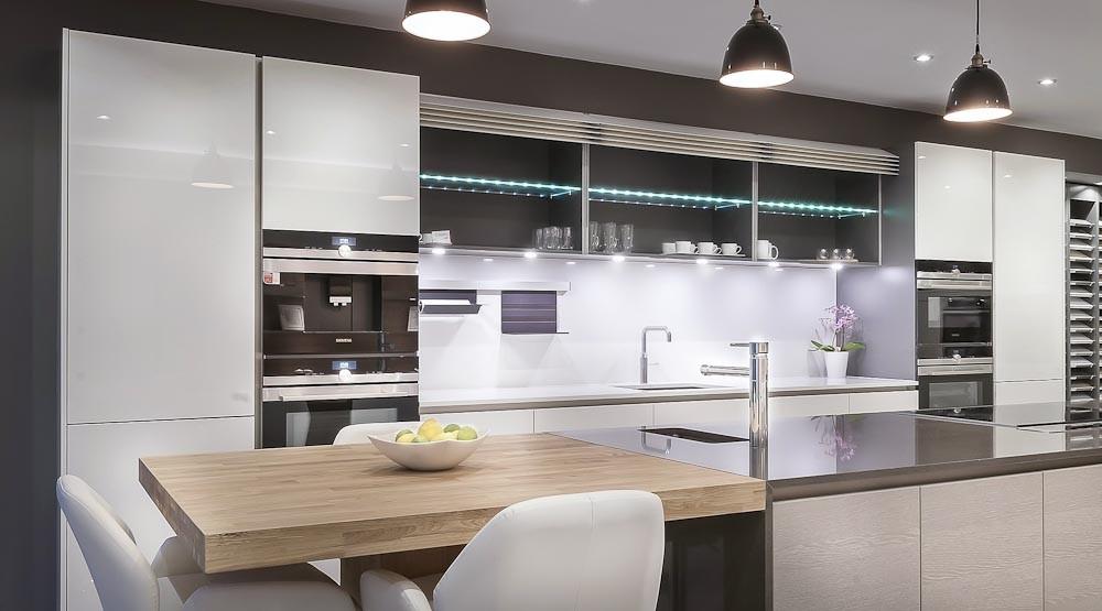 Heathfield kitchen showroom gallery black rok kitchen for Kitchen design uckfield
