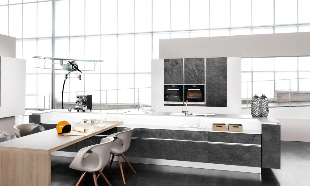 Style 1 black star s 1 1 black rok kitchen design for Kitchen design uckfield