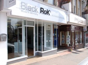 blackrok kitchens uckfield showroom-day