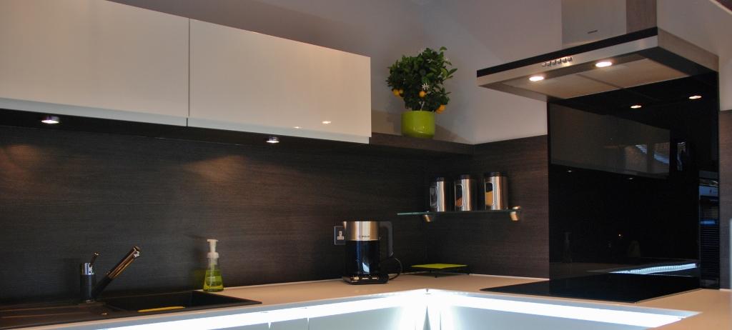 High Gloss White Lacquer Kitchen 3
