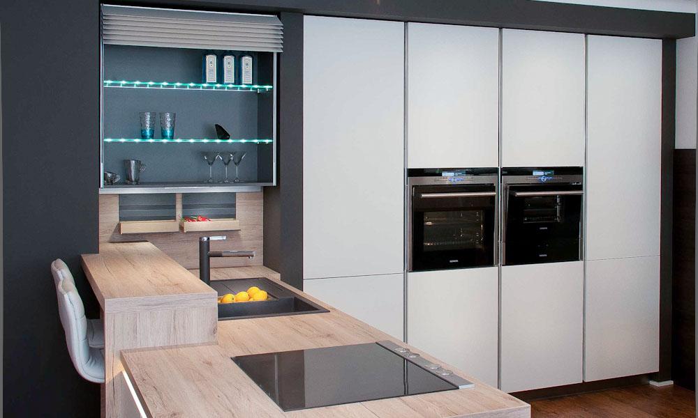 white-satin kitchen climber ovens sink