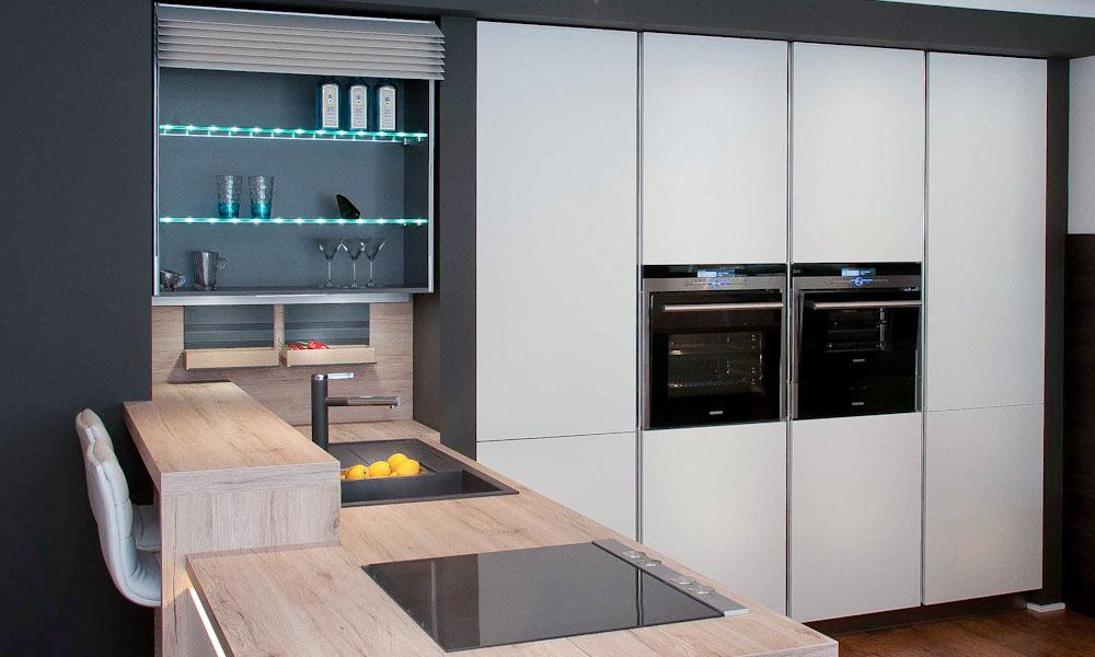 white satin kitchen climber ovens sink