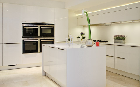 white gloss kitchen haywards heath