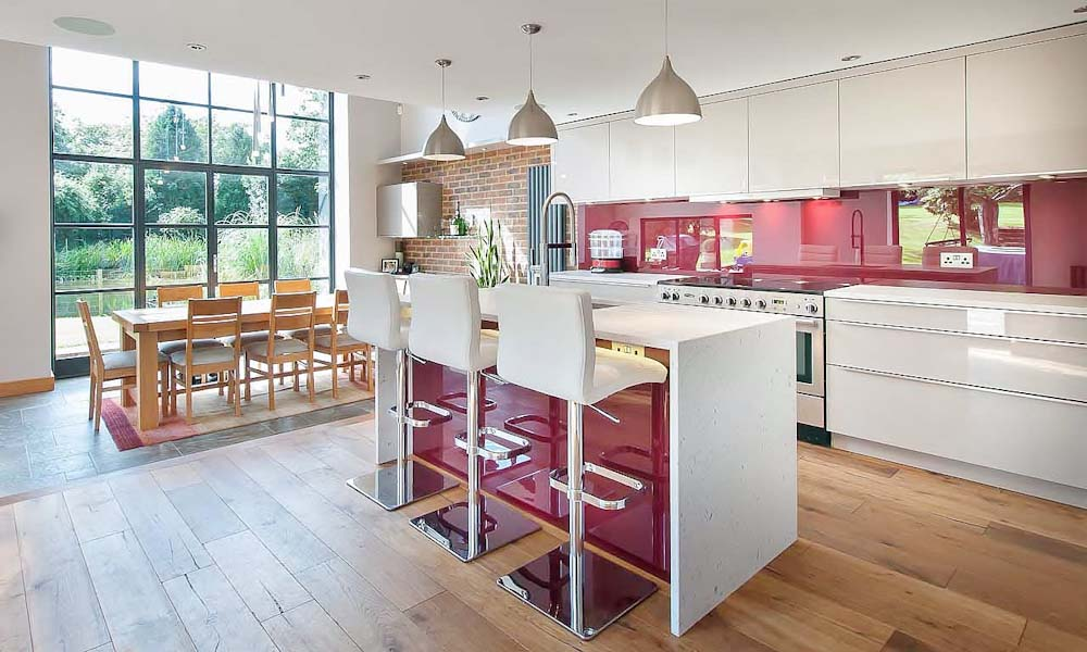 east hoathly cashmere kitchen with burgandy splashback