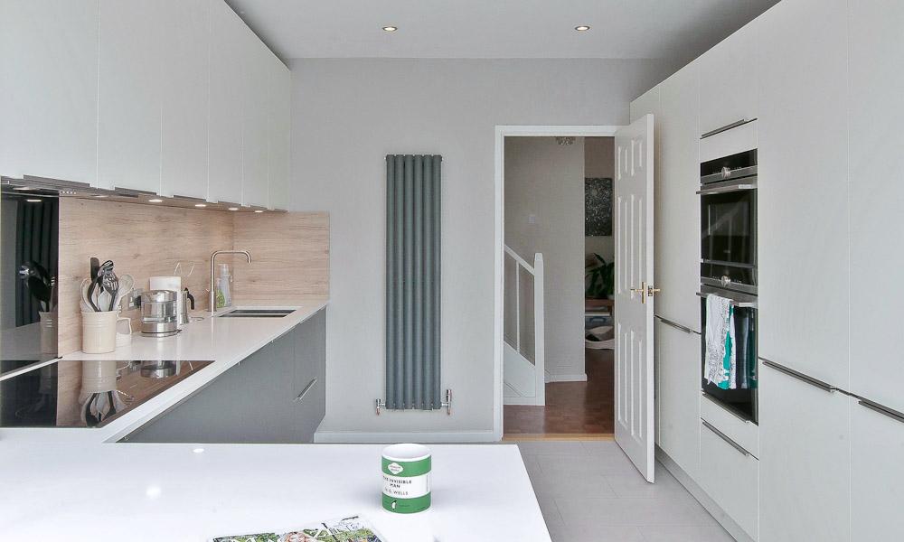 small-functional-kitchen-billingshurst-800
