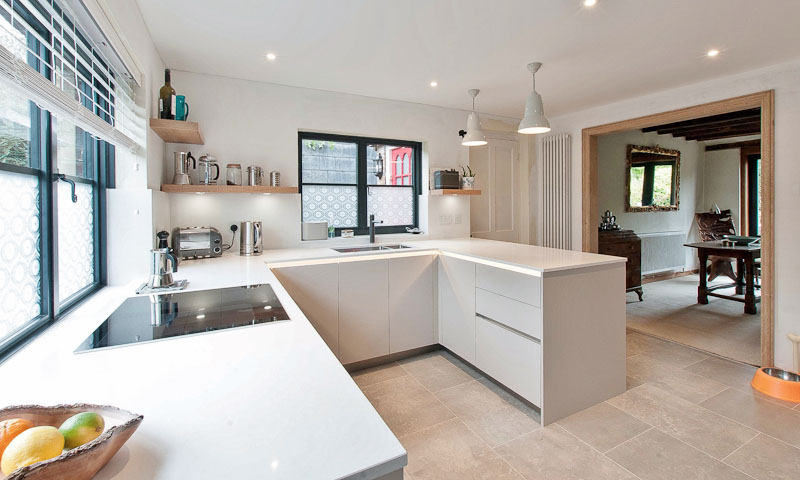 lewes-contemporary-kitchen-period-property-peninsula